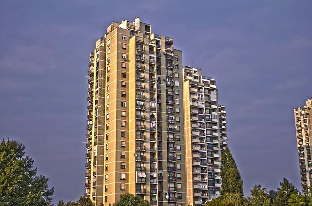 タワーマンション購入前に知っておくべき事!維持管理コストと所有リスク