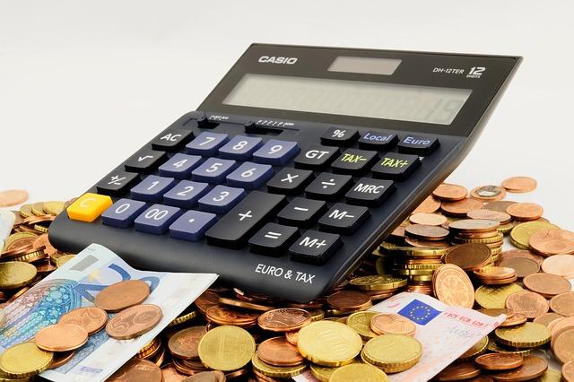 不動産を相続するのと贈与するのでは税金がどう違うのか?